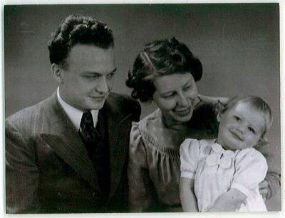Vanas Family Portrait 1943